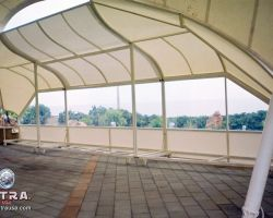 mobile shade structure