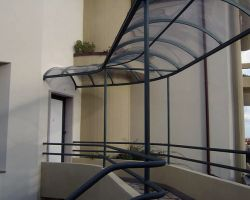 tettoie in alluminio e policarbonato